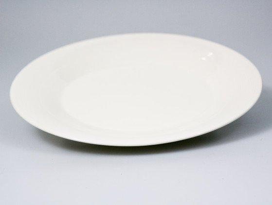 Borden 28 cm, gebroken wit