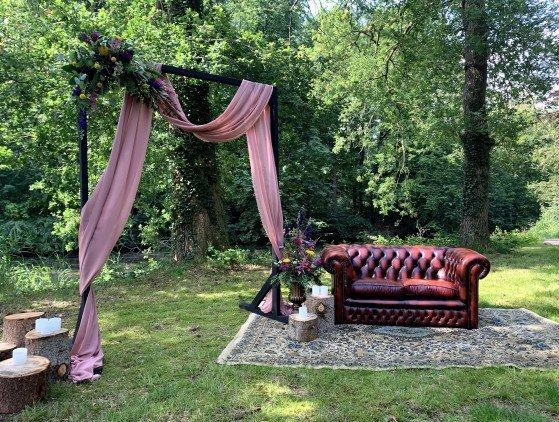 Prieel voor ceremonie ceremonie- decoratie- bruiloft