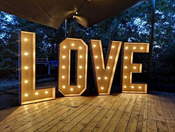 Lichtletters LOVE (led-verlicht) verlichting- decoratie- bruiloft